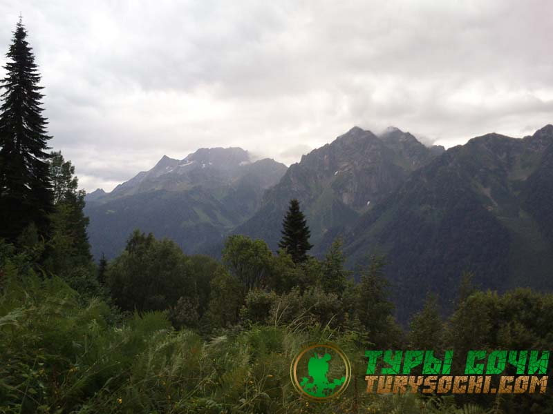 Джиппинг поездки в горы