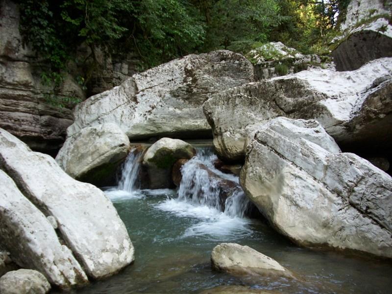 Горные реки и ручьи
