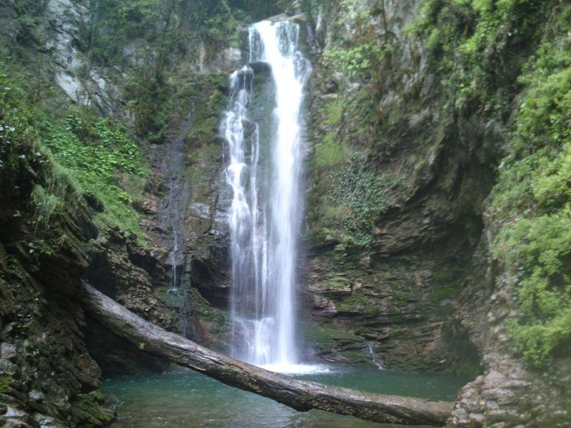 Ажекский водопад