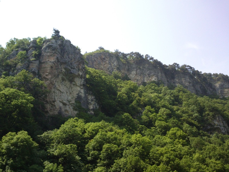 Орлиные скалы